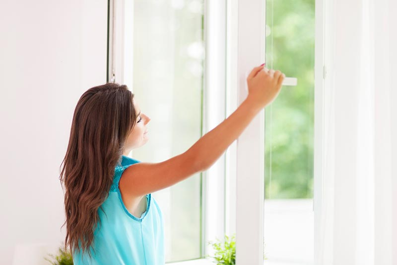 Running Your AC vs. Opening Windows